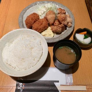 鶏唐カニクリームコロッケ定食(炙り炭焼き をどり 大手町店 )