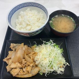 豚生姜定食(吉野家 新宿東口靖国通り店)