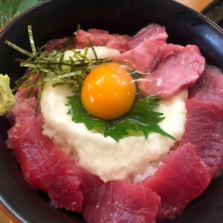 とろろマグロ丼定食(あやとり )