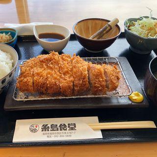 特上ロースカツ定食(糸島食堂)