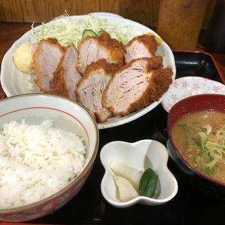 ヒレカツ定食(とんかつ 新 )