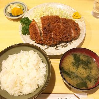 ロースカツ定食(きっちん 浜家 )