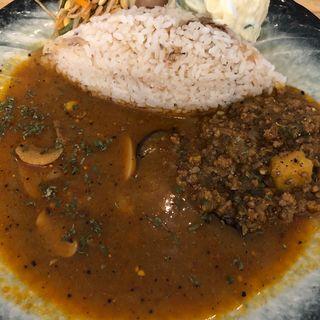 Curry Aveshiの出張カレー(cafe Kiss shot)