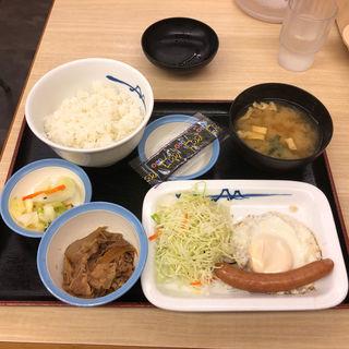 ソーセージエッグ定食(松屋 祖師谷大蔵3丁目店)