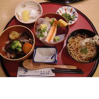 鳥海選び丼(道の駅 岩城 レストラン はまなす )