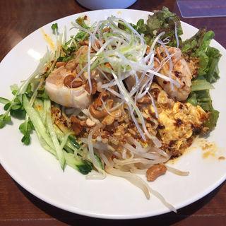 よだれ鶏の和え麺(小燕京 (ショウエンキン))