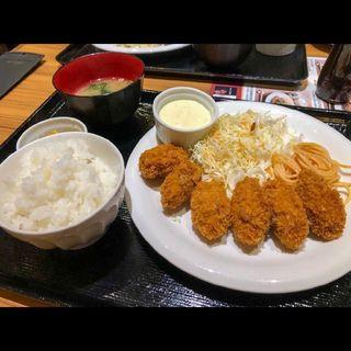 カキフライ定食(ザ・パーティー (THE PARTY))