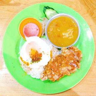 チキンカリー&鶏飯コンビ(トッピング:目玉焼き)(ちりばり )