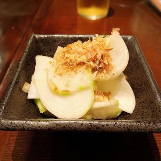 柚子と生カブの浅漬(大衆酒場 チャン栓チャン)