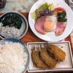 イワシフライ定食(しらすほうれん草追加)