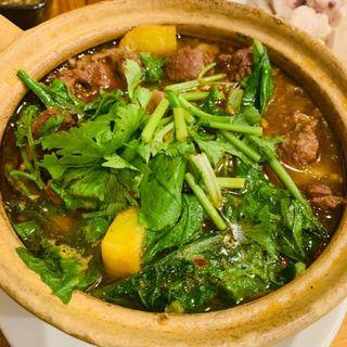 馬肉の土鍋煮(老酒舗)