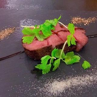 国産牛極厚ローストビーフ(meat & wine BACCHUS )