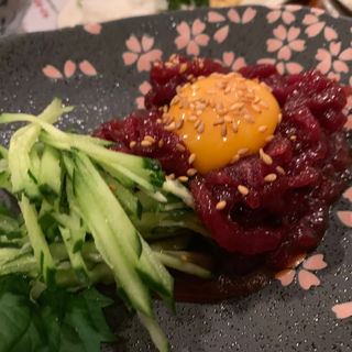 桜ユッケ(美味ぇ津゛ (うめづ))