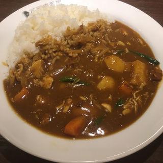 チキン煮込みカレー+野菜 3辛