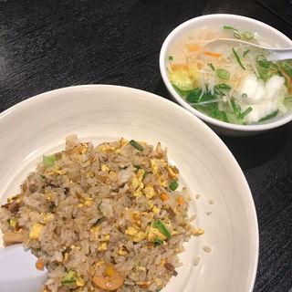 焼飯 野菜スープ(揚子江ラーメン 東通り店)