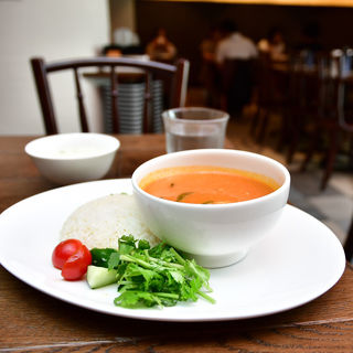 ココナッツチキンカレー(海南鶏飯食堂3 表参道店)