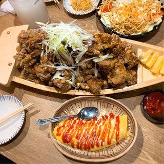 【大バカ】若鶏の唐揚げ(醤油だれ・辛ダレハーフ)(大衆酒場 ちばチャン)