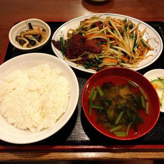レバニラ定食(高伸)