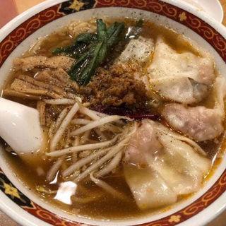 ワンタン麺(でっかい餃子 曾さんの家)