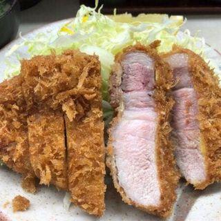 特上ロースかつ定食 (とんかつ繁 (とんかつ しげ))