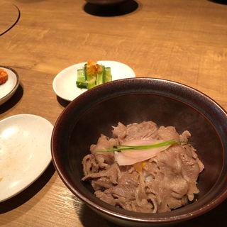 牛丼(炭火焼肉なかはら )