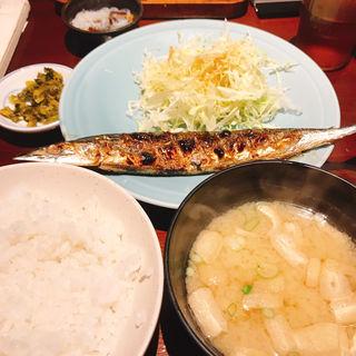 秋刀魚定食(大名仁和加)