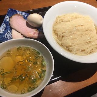 昆布水つけ麺 煮干し塩味+味玉(つけ麺 舞)