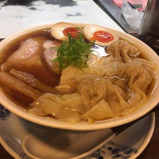 特製醤油らぁ麺+わんたん(らぁ麺 紫陽花 (ラアメン アジサイ))