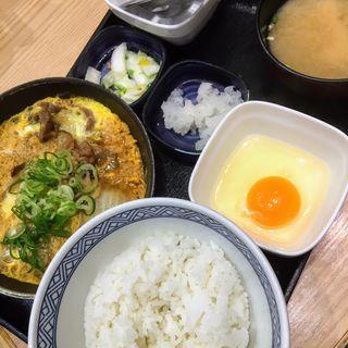 月見牛とじ御膳(吉野家 名駅太閤通口店 )