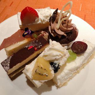 ケーキ各種(ザ ・リッツ・カールトン大阪 スプレンディード)