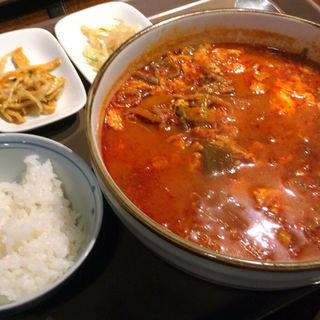 ユッケジャンラーメン(韓国料理ジャンチ村 )
