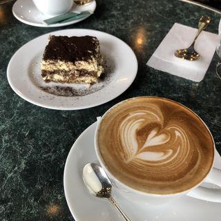 ティラミス(カフェ・ミケランジェロ (caffe Michelangelo))
