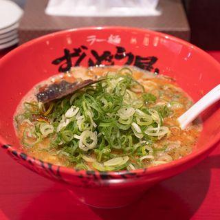 ねぎらーめん+HOT 背脂あっさり(ラー麺ずんどう屋 総本店 )