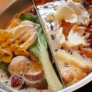 薬膳鍋スープ単品(小鍋)(天香回味 赤坂別館 (テンシャンフェイウェイ))