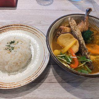 チキンと野菜(野菜スープ)(rojiura curry samurai.八王子店)