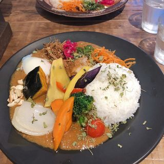 スパイシーチキンカレー(Mikazuki curry SAMURAI. 下北沢店)