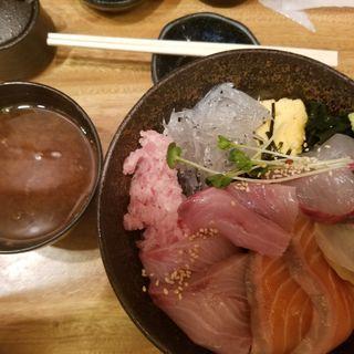 海鮮丼(日比野食堂)