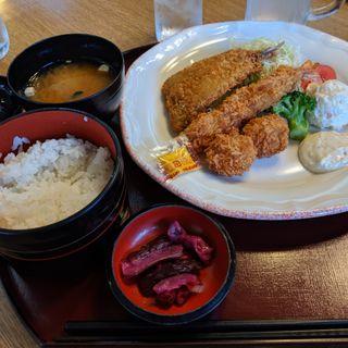 ミックスフライ定食(ニュー・トーキョー 東京競馬場店 )