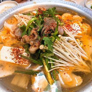 海鮮鍋(どぅれ村 (ドゥレムラ))