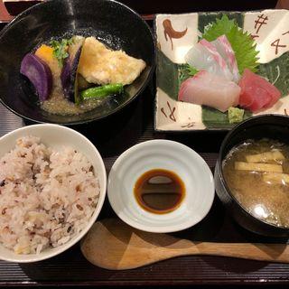 選べる二種盛り定食 夕方 刺身プラス300円(寅福 ルミネ新宿店 )