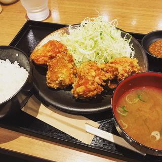 から揚げ定食(鶏千 (トリセン))