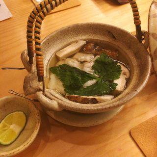鱧と松茸の土瓶蒸し(みな都)