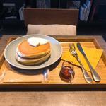 寿太郎のホットケーキ(猿田彦珈琲 調布焙煎ホール)