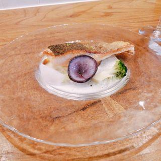 くぬぎ鱒のミキュイ クリームチーズソース(フレンチ食堂 iTToku)