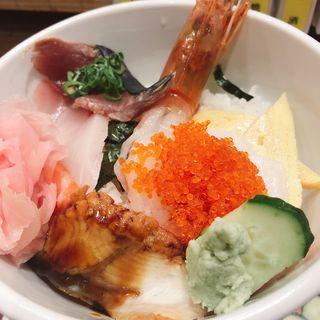 海鮮丼(すしまる なんばウォーク店)
