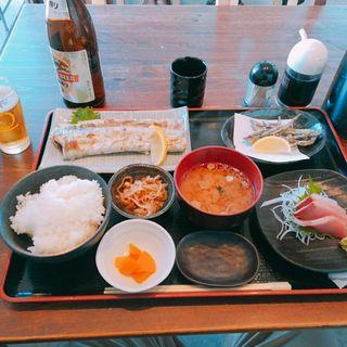 太刀魚塩焼定食(めしや 大磯港)