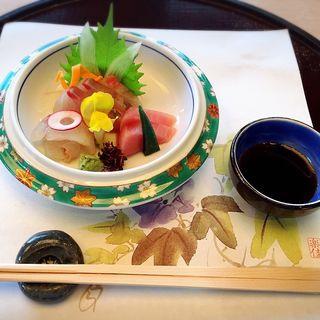 お造りの盛り合わせ(日本料理 みつき )