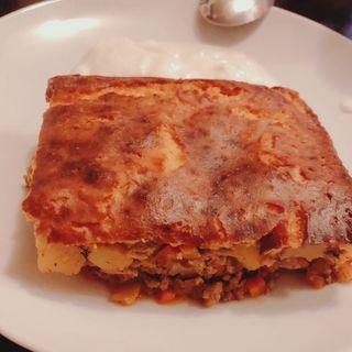 ブルガリア風 ムサカ  (ひき肉とジャガイモのオーブン重ね焼き)