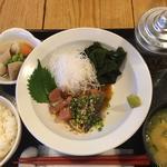 胡麻鯖の定食