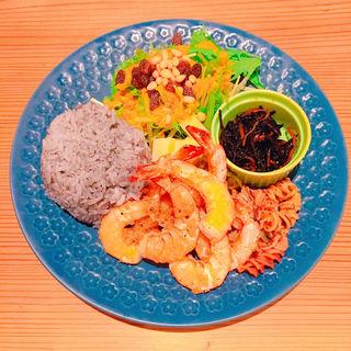 Plate dish (ガーリックバターシュリンプ)(Cocobee Organic)